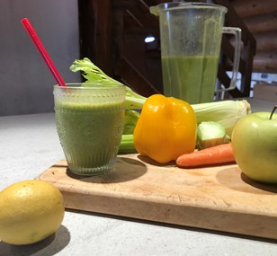 Jason Vale's Ultimate Veggie Breakfast Shake